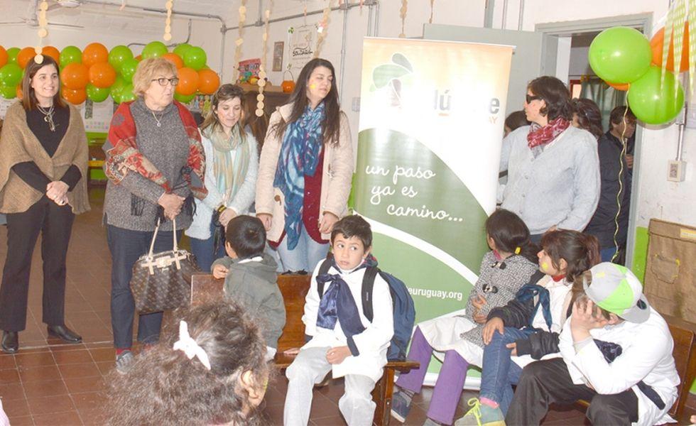 """Diario Crónicas: Proyecto """"Edúcate"""" Presentó Segunda Etapa de su Programa de Escuelas Rurales"""
